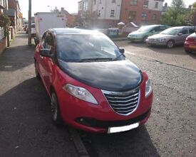 Chrysler Ypsilon 1.2 Petrol Black&Red 5dr (start/stop) - 5 seats - MOT until 05/2018 - £4250 ONO