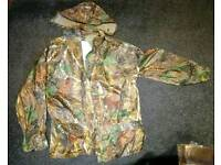 Large camouflaged waterproof pair