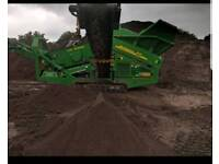 Quality 10mm screened Topsoil & Compost