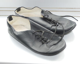 Leather Jazz shoes size 2.