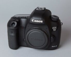 Canon EOS 5D Mk 3 Body with BG-E11 Battery Grip & 2 Batteries