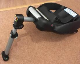 Isofix base (compatible car seat also available) £45 Ono