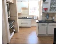Newly refurbished 2 bed flat to rent in hounslow south Wellington road TW4 area