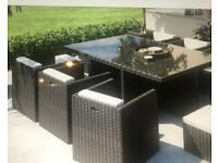 Rattan Garden Furniture Table and 6 chairs WITH Parasol