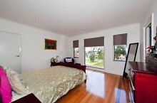 Sleigh Mohogany queen size bed head with mattress Kingsbury Darebin Area Preview