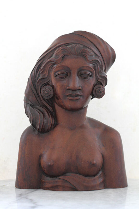 Old 1960s BALI female bust, detailed woodcarving