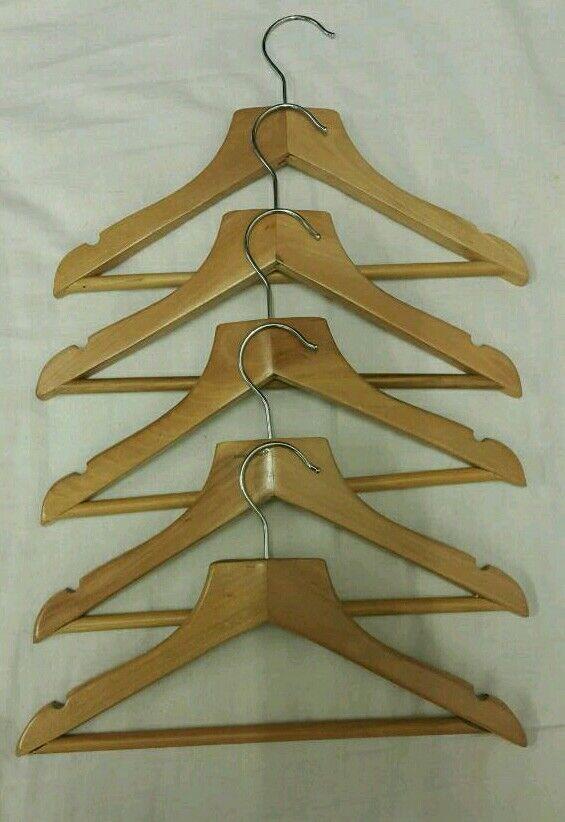 30 Wooden hangers
