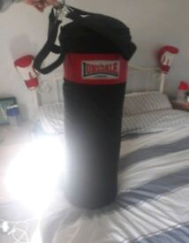 3 foot Lonsdale punch bag