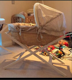 Mamas and papas Moses basket with white stand