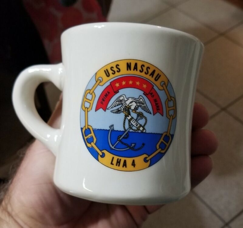 Rare 1980s IS Navy USS NASSAU (LHA 4) Re-enlistment Victor style cup mug MIL-ART