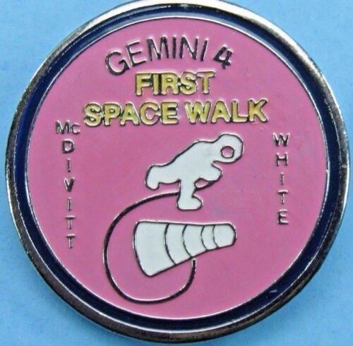 NASA PIN enamel GEMINI 4- 1st SPACE WALK - White McDivitt - Astronauts