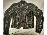 Ladies 38 Excellent condition HEIN GERICKE leather jacket