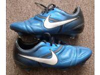 Nike CTR360 Size 5 Boys Football Boots