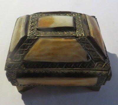 Boite à bijoux faite main avec cuivre et nacre – intérieur velours mauve