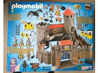 Playmobil lion knight castle