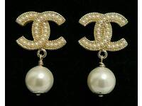 Stunning! Chanel Pale Gold Pearl Drop stud Earrings