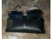 Ray Ban Aviator RB 3025 Sunglasses with Case