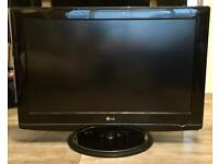"""LG 32"""" 1080p LCD Freeview TV"""