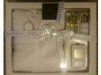 Baylis and Harding gown gift set