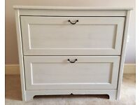 White chest of drawers from ikea good cond