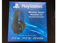 PS4 wireless headset - official PS4 one - 2.0 and only used once