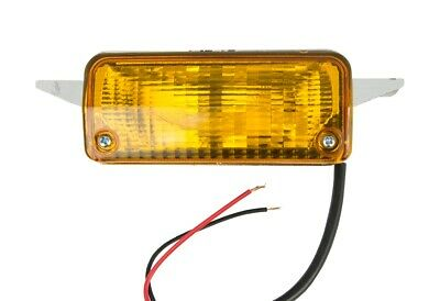 NEW For Ford Escort Mk2 Front Indicator Flasher Lamp Light RH - Off Side 75>80