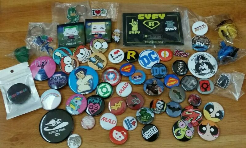 San Diego Comic Con Buttons, Pins and Rings - Lot of 60