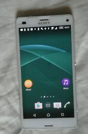 Sony Xperia (white) unlocked
