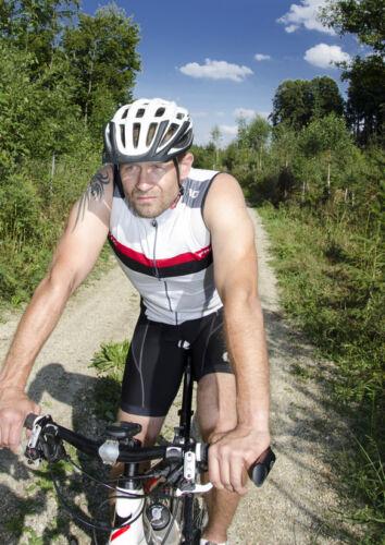 Fahrradbekleidung für Sie & Ihn: Ratgeber für die Auswahl von Hosen & Strumpfhosen