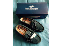 Men's Suede Leather Moccasins Slippers Size 7 Navy Blue