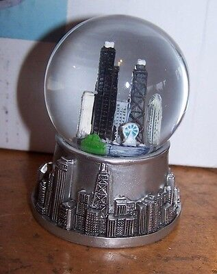 "NEW Silver Resin Chicago Snow Globe 2"" x 2"" x 2 3/4"""