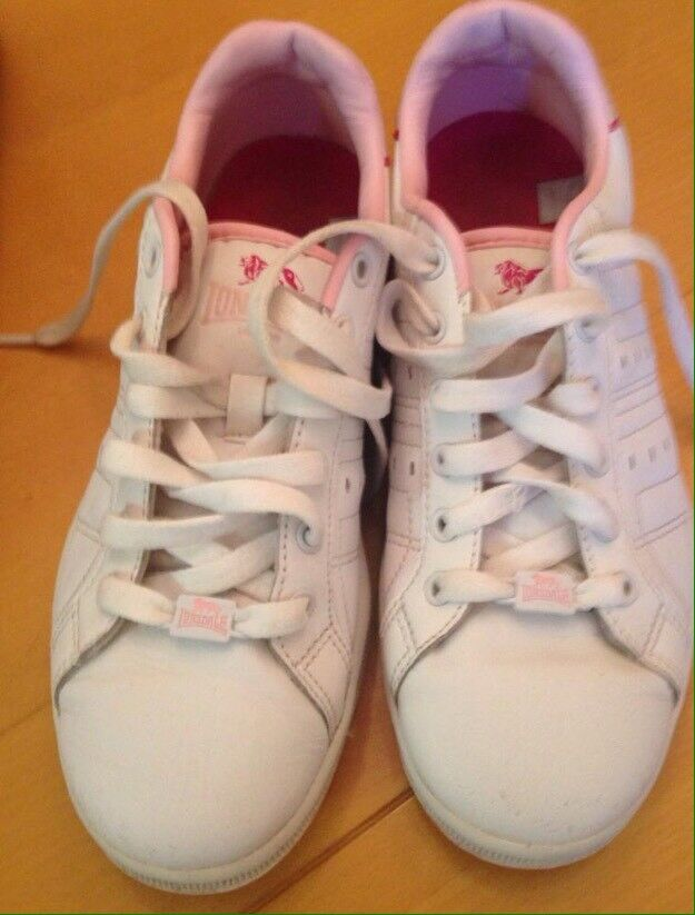 Girls Lonsdale Trainer size 5 in very good condition
