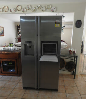 Samsung 684L Side By Side Fridge