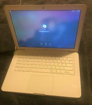"""Apple 13"""" MacBook Unibody MC207LL/A 2009 2GB RAM+ 250 HDD!"""