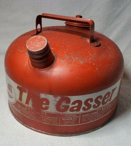 VINTAGE EAGLE THE GASSER 2 1/2 GALLON GALVANIZED GAS CAN MODEL M 2 1/2