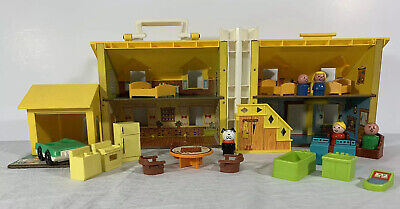Vintage 1969 Fisher Price Little People Play Family House 952 | with Accessories