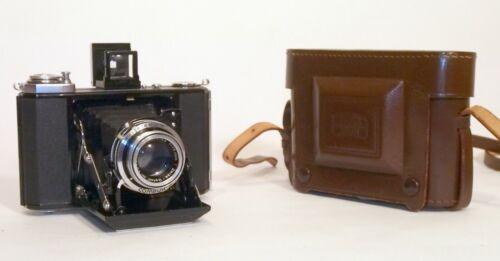 Zeiss Ikonta B (521/16) 6x6cm, Tessar-OptonT 75mm f3.5 lens, Compur-Rapid, case
