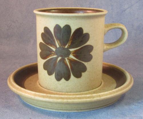 ARABIA OF FINLAND, Vintage, Tunturi Coffee Cup & Saucer, Excellent