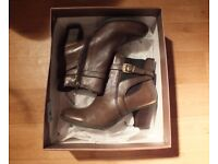 QUALITY LADIES LEATHER BOOTS