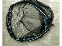 Maver fishing landing net
