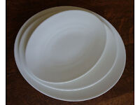 21 Piece Fine China White dinner service 7 setting. Made by Dibbern
