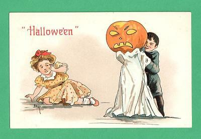 Mean Girls Halloween Scare (VINTAGE HBG HALLOWEEN POSTCARD BOY SCARES GIRL MEAN GHOSTLY)