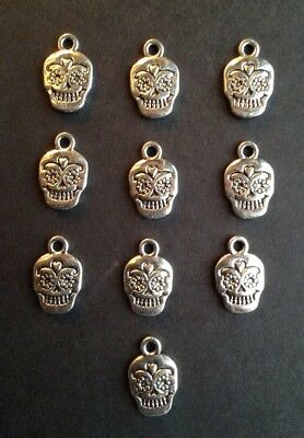 TIBETAN SILVER SUGAR SKULL CHARMS - Halloween Day of the Dead -- 13mm -- 10pcs](Halloween 10 Days)
