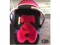 Car seat/ baby carrier