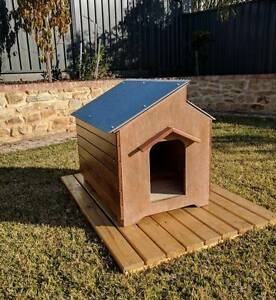 small/medium dog kennel (Restored to like new) Rosewater Port Adelaide Area Preview