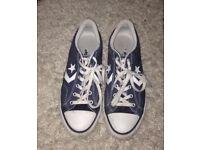 Mens size 8 blue converse