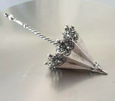 heart and flowers shaking inside Solid sterling silver 925 diamond shaker pendent with star