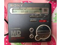 Sony Mini Disc Player mz-r70 & discs