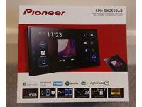 Pioneer SPH-DA250DAB car stereo, Android Auto, Apple CarPlay