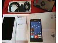 Nokia Lumia 950 / 3GB Ram / Black / 4G LTE / 32GB / 20 Mega Pix / Windows 10